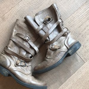 Leather Boots with Buckles - Preloved!